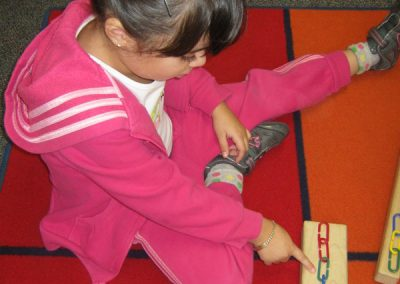 Early Childhood Education - Girl learning through STEAM and the Arts