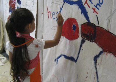 Early Childhood Education - Girl learning Science through STEAM